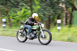 Yamaha RS 125cc Cafe Racer Modifikasi Oleh Nandira Yudhi Prayoga