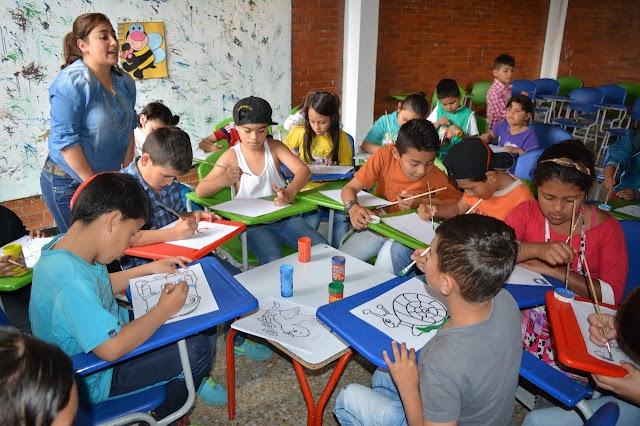 Niños y niñas de Manablanca disfrutan sus vacaciones de manera recreativa