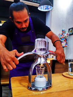 Tirana Art House & Kitchen: Kopi, Seni, dan Pasangan Sejati