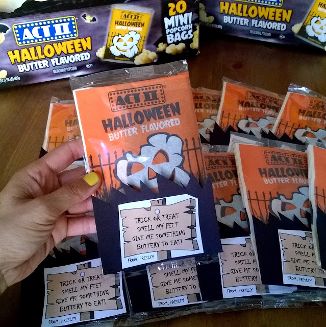 Halloween popcorn treats or favors for your kids classroom party