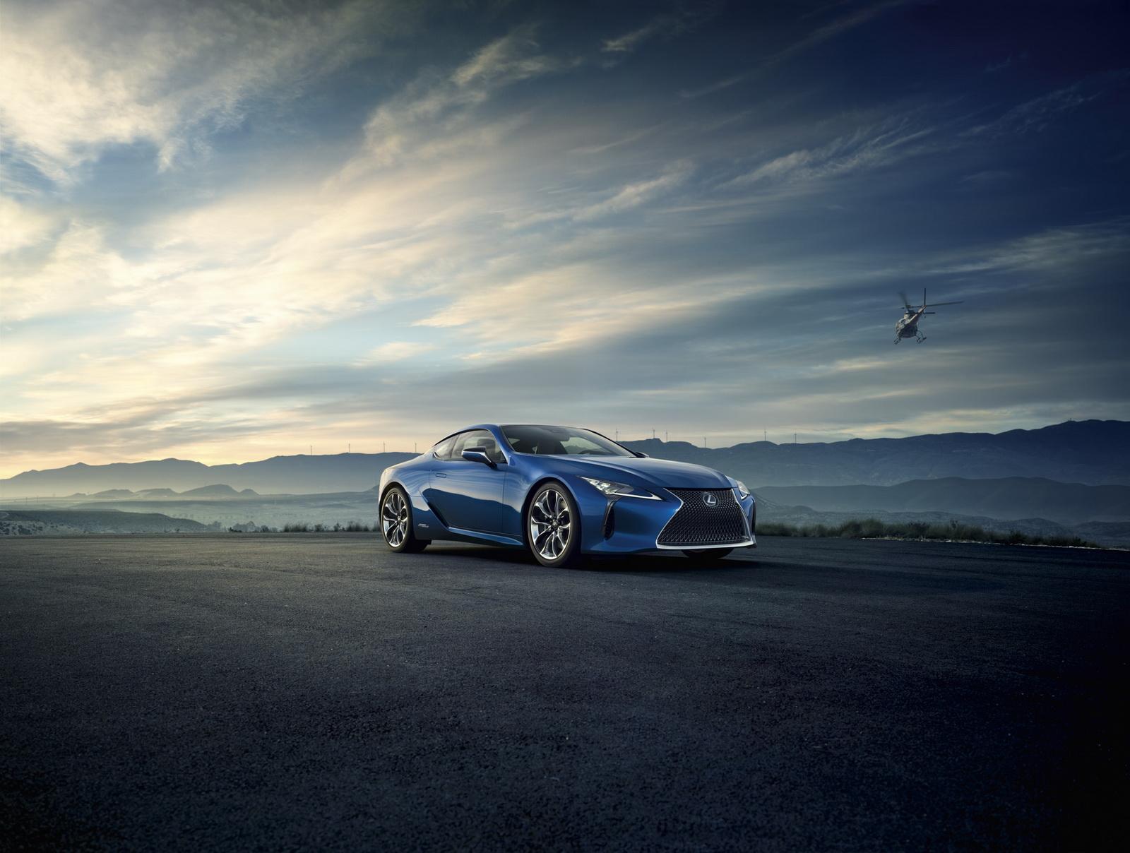 Lexus LC 500h Hybrid 2017 sẽ tạo cơn sốt tại Geneva Auto Show