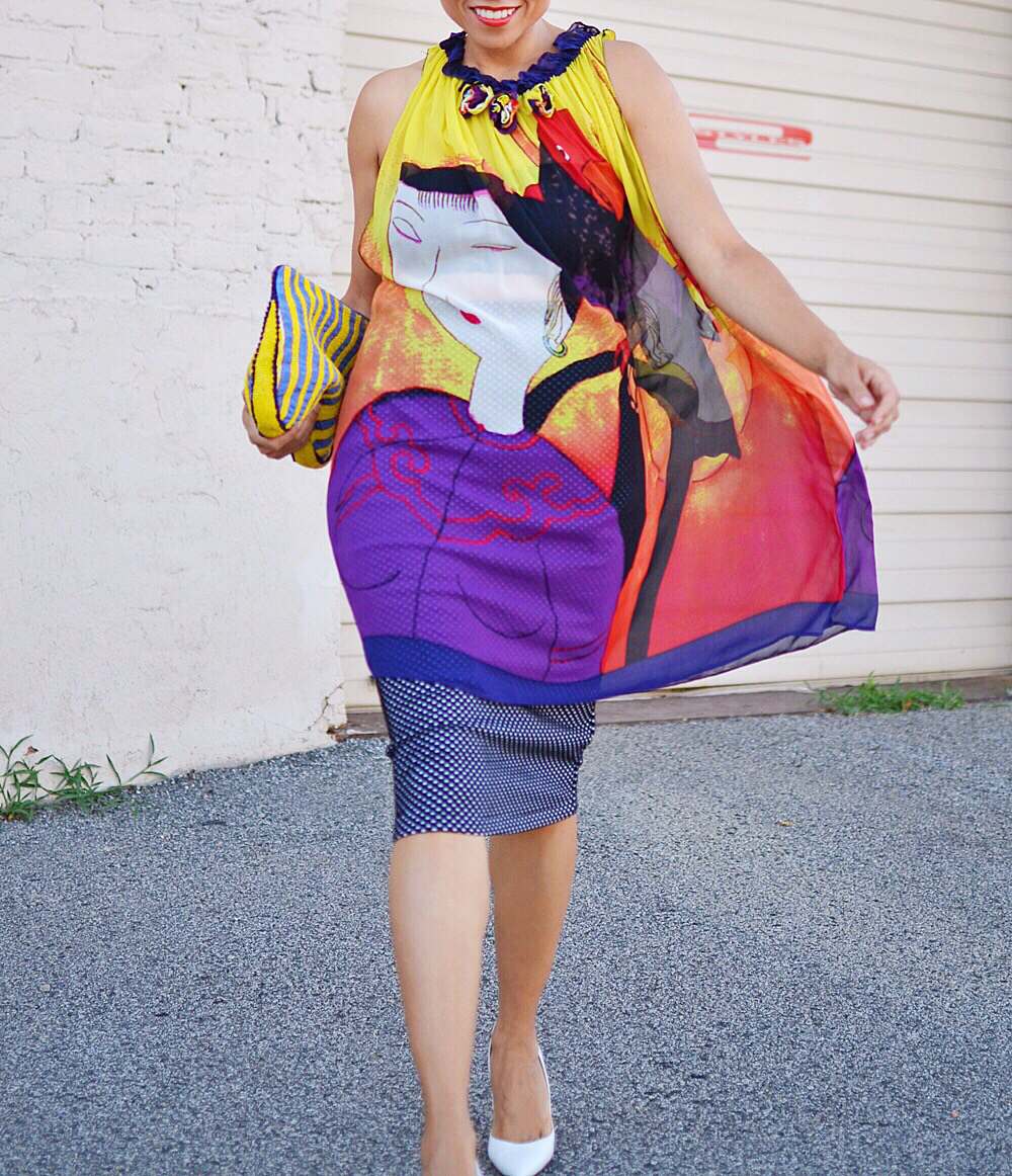 Colorful outfit street style
