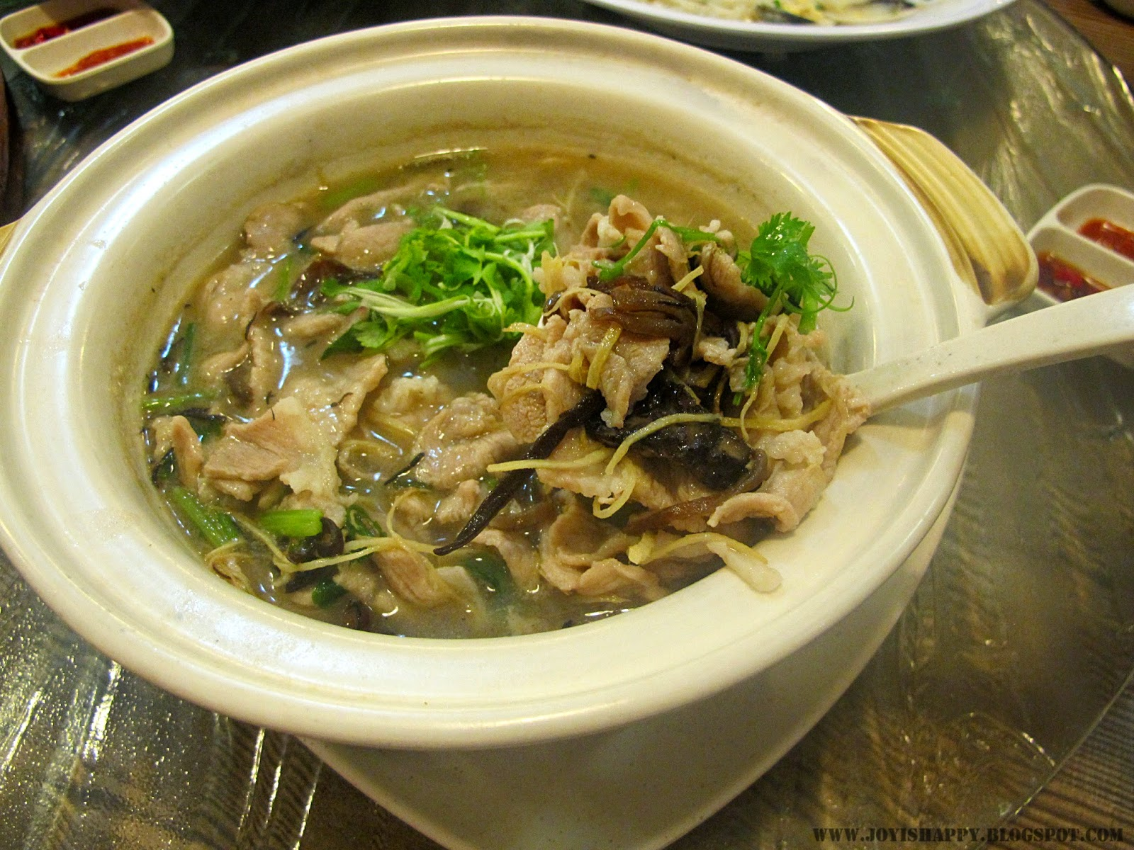 gu ma jia  Claypot Pork in Sesame Oil