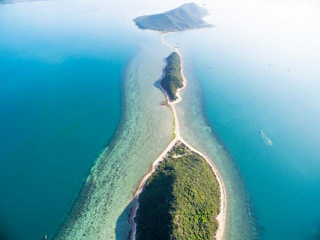 Những bãi biển đẹp miễn chê trên dải đất chữ S