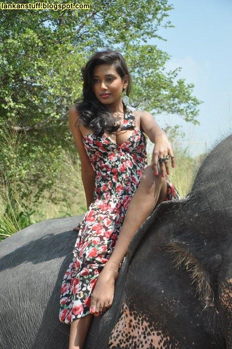 Sexy lankan girls