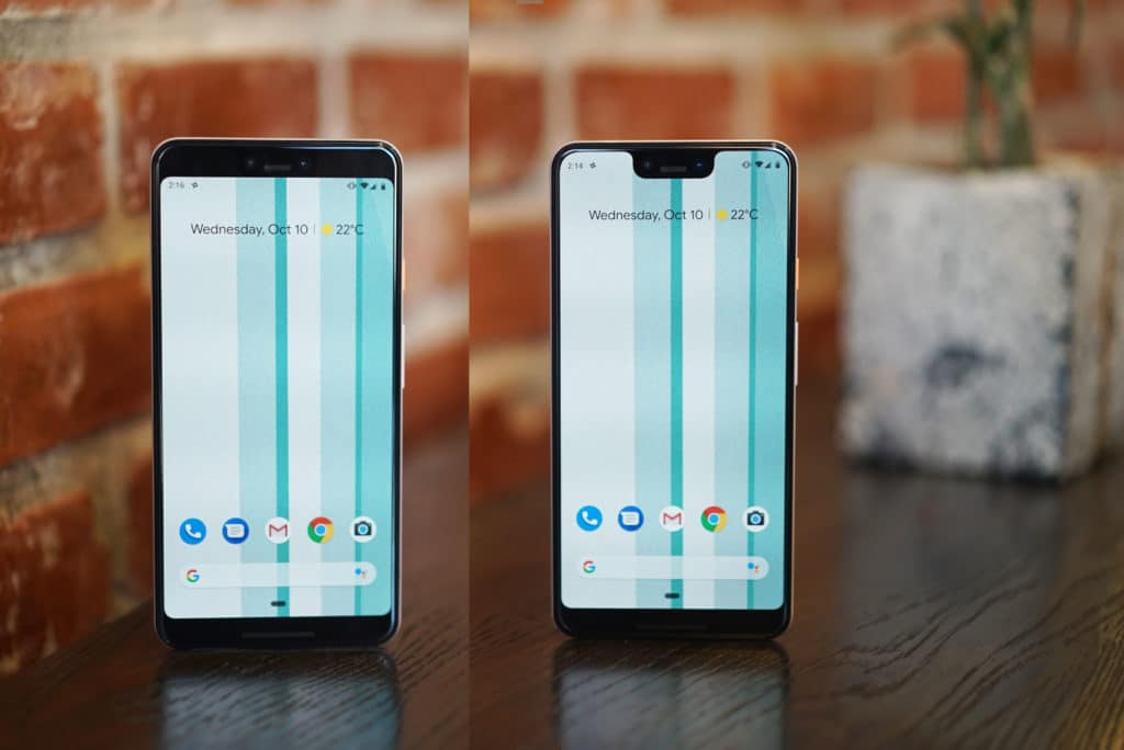 Google Pixel 3 XL with and without notch.