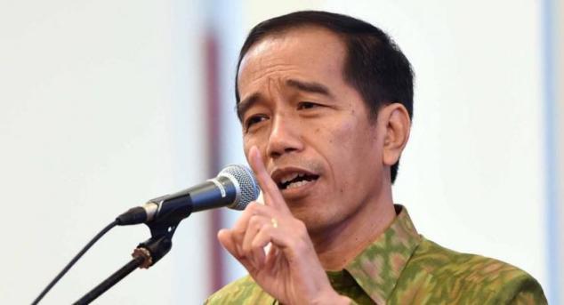 Jokowi Geram, Masak Dana Rp 6 Triliun hanya buat Ubah KTP dari Kertas Jadi Berplastik