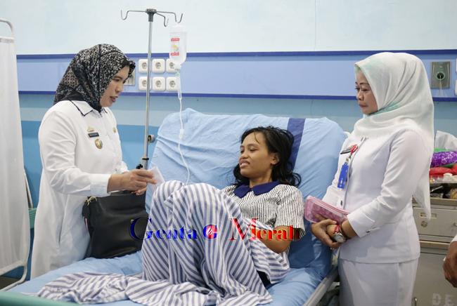 Wanita Asal NTB Pengidap Tumor, Difasilitasi DisPPPA Lampung Pengobatan Gratis
