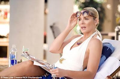 Samantha, interpretada por Kim Cattrell em Sex and the City, comemora seu 50º aniversário em Sex and the City: The Movie