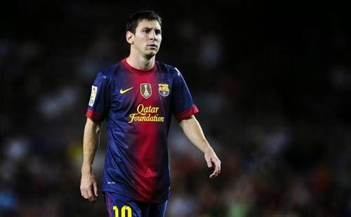 ليونيل ميسي نجم فريق برشلونة الإسباني مستاء لغيابه عن الملاعب  حتى يناير المقبل