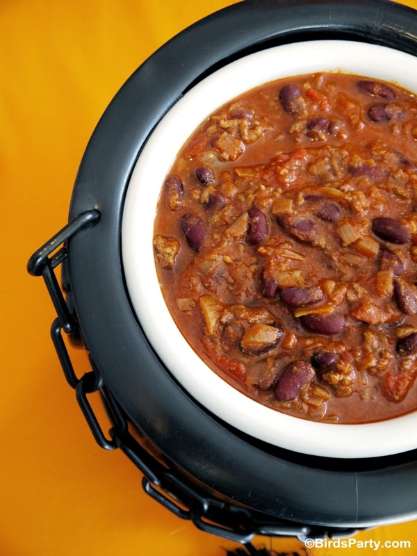 Halloween Chilling Chili Recipe - BirdsParty.com
