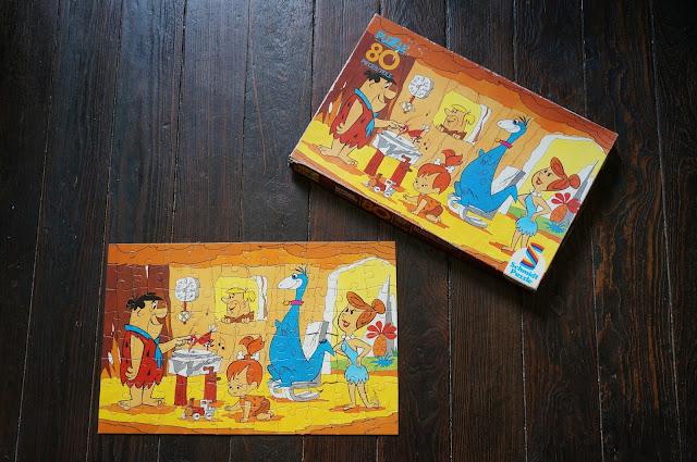 puzzle la famille Pierrafeu - The Flintstones jigsaw 70s 1970s hanna barbera