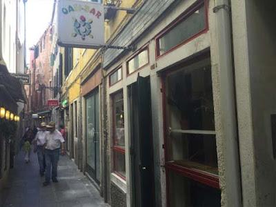 Il Bar Oasi in Calle degli Albanesi