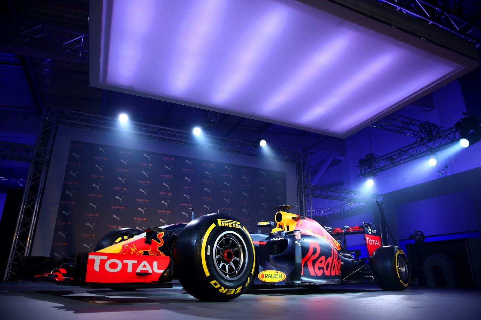 Hy vọng màu xe mới sẽ mang lại thành công cho Red Bull trên đường đua F1