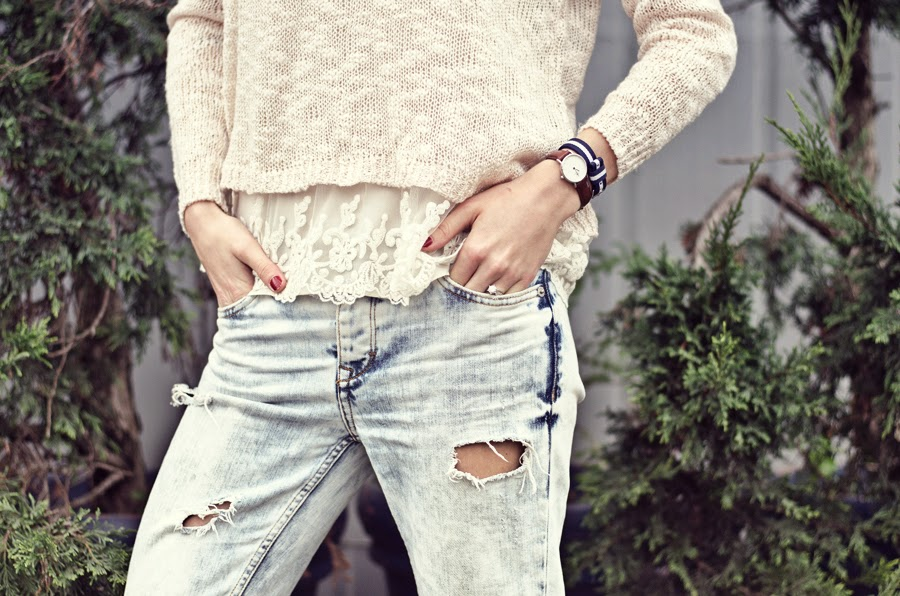 streetstyle , fashion blogger, neonrock katerina, russian blogger, boyfriend jeans outfit, laced sweater, layered outfit