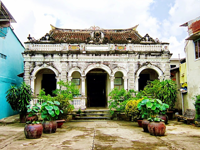 The most famous ancient house in Mekong Delta 1