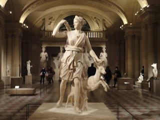 Paris, França, Louvre, Museu do Louvre, viagens, agência, turismo, roteiro, lua de mel, Europa, pacotes, pacote turistico, Diana de Versailes, Versalhes, Artemis