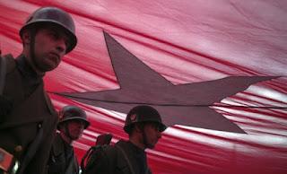 Stratfor: «Ανισορροπίες» στις σχέσεις Τουρκίας – Ιράν με φόντο τη Συρία