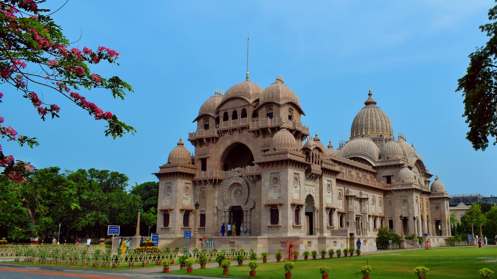 The Ramakrishna Triangle- Where to Visit In and Around Belur Math