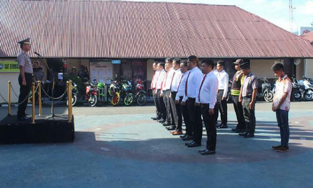 Polres Soppeng Beri Penghargaan kepada 12 Anggota Berprestasi