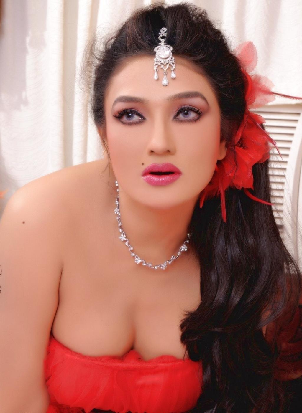 Kannada Actress Ramya Sri Latest Hot Stills Spicy Photos -7658