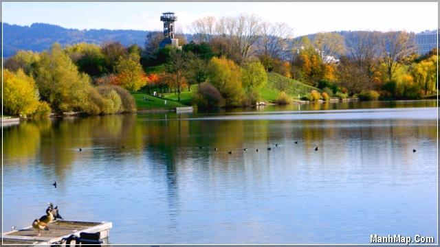 mùa thu bên sông nước