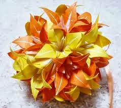Kusudama Irish Flower