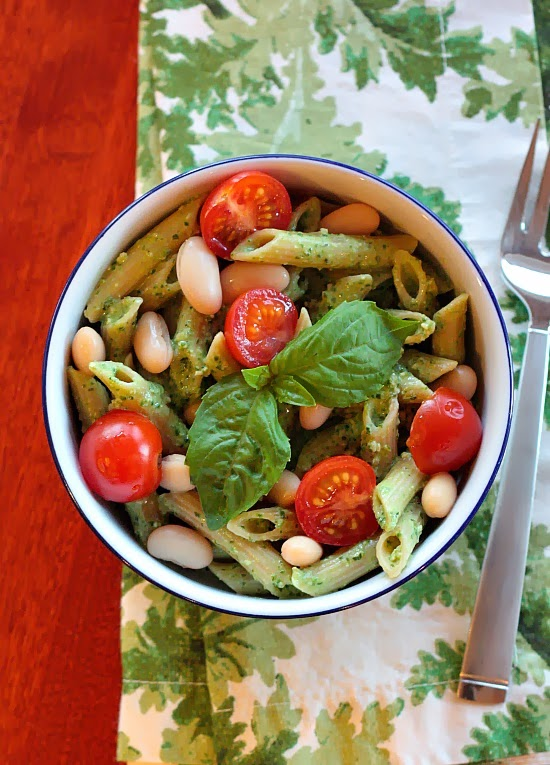 pasta spinach yogurt pesto