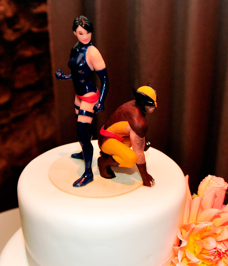 Wolverine Claw Cake Topper