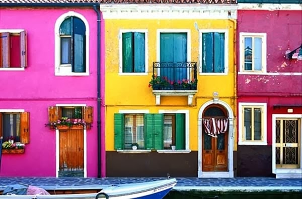 1.) Burano, Italy - Welcome To The 19 Most Charming Places On Earth. They're Too Perfect To Be Real.