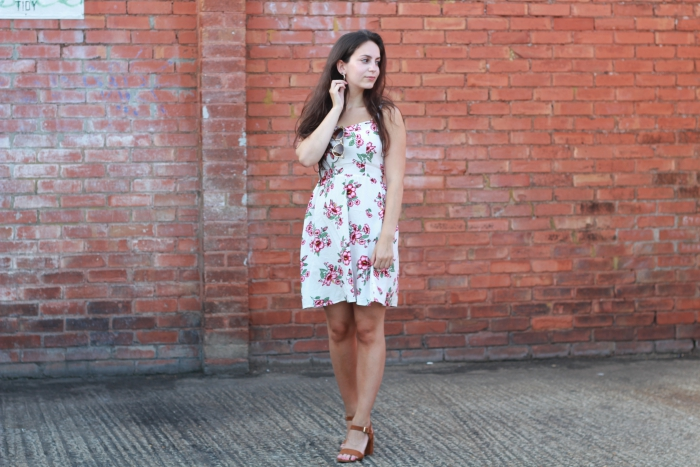 H&M hibiscus dress floral white