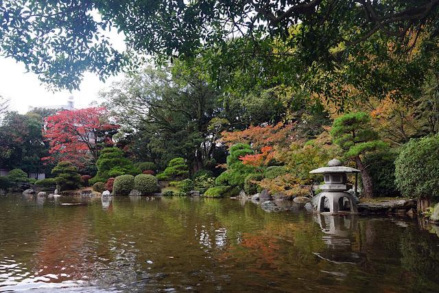 秋の友泉亭公園、福岡