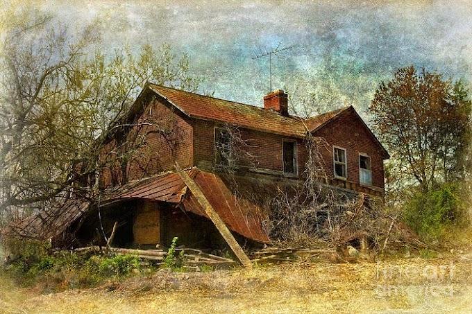 Lukisan Rumah Usang