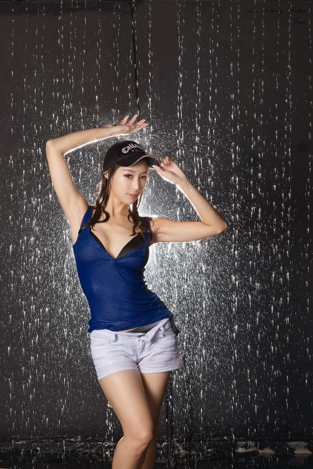 Eun Ji Ye getting wet ~ Cute Girl - Asian Girl