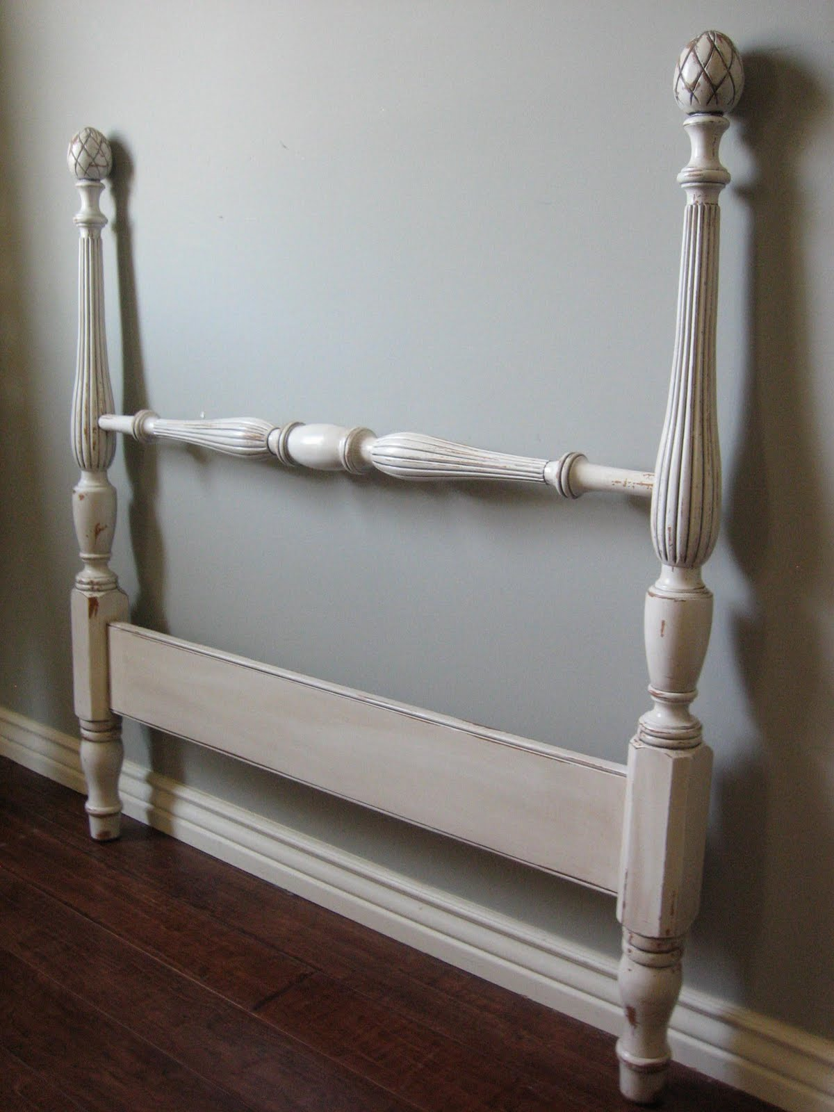 European Paint Finishes Pineapple Twin Bed