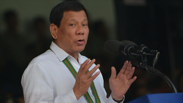 Duterte: Rusia dona a Filipinas 5000 rifles para combatir a Daesh
