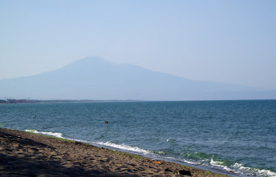 Etna's silhouette