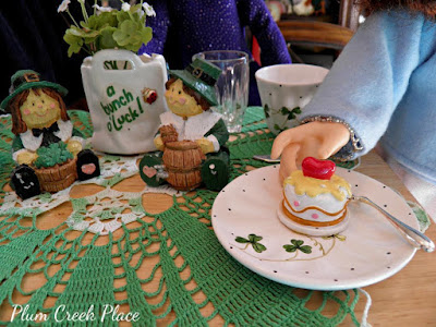 Plum Creek Place Saint Patrick's Day Tablescape and Decor