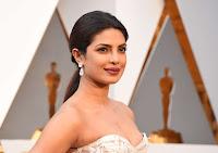 Priyanka Chopra 2016 Oscars  08.jpg