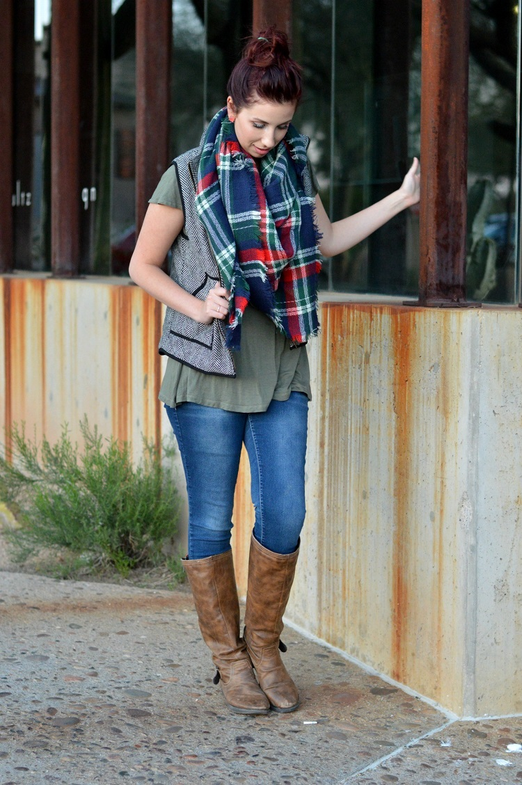 How to maintain comfort in your fall wardrobe - Hey There, Chelsie - Click through to find out what she and other bloggers have to say on this topic!