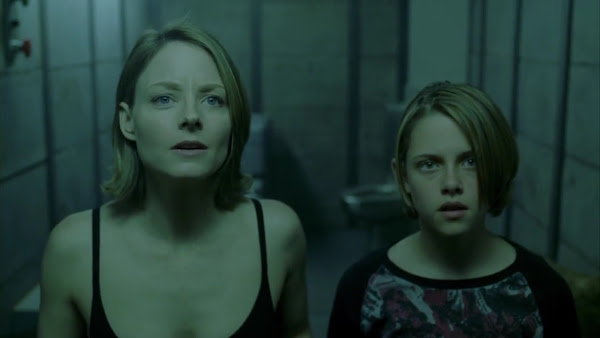 Screen Shot Of Hollywood Movie Panic Room (2002) In Hindi English Full Movie Free Download And Watch Online at worldfree4u.com