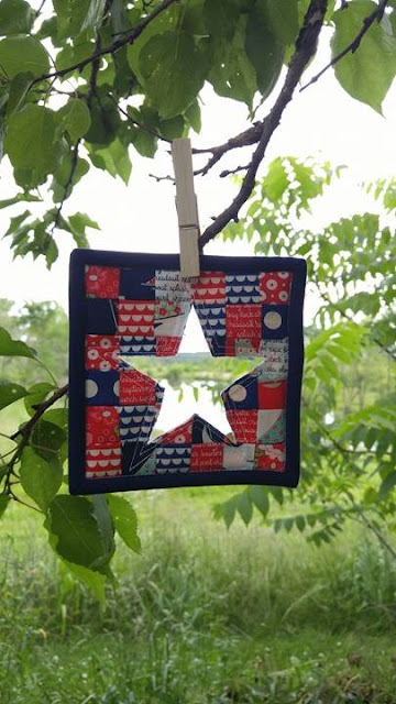 Made Modern Bonnie and Camille Daysail mini mini quilt
