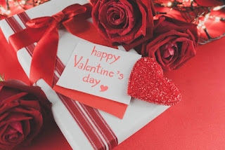 Happy-valentines-day-image-with-a-gift-of-heart-and-rose-romantic-image-for-couples.jpg