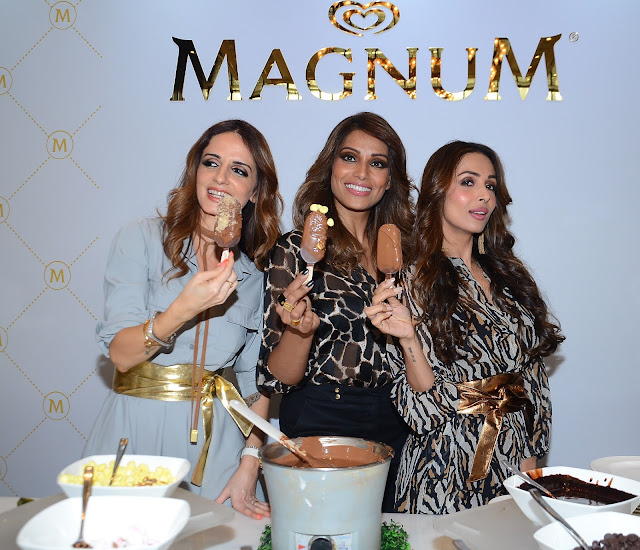 Bipasha,Malaika & Sussanne At Grand Unveiling Of Magnum Ice Cream