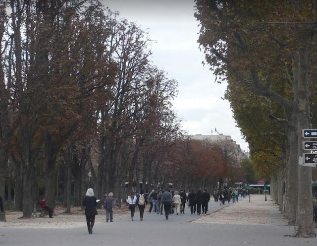 le Champs-Elisees