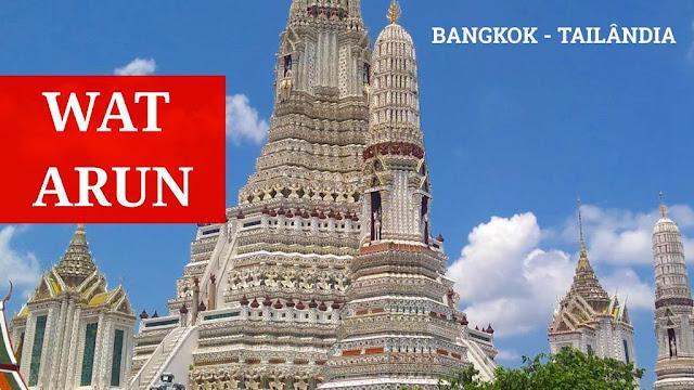 Wat Arun, templo budista em Bangkok, na Tailândia