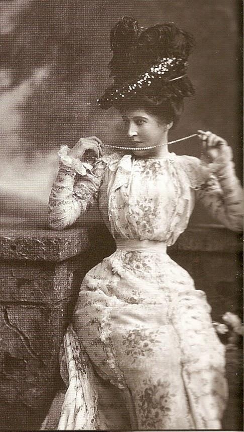 Alexandra ross la maitresse de maison - 2 part 9