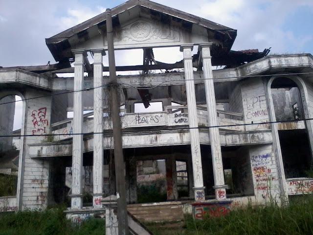 Image result for Rumah Angker Pondok Indah