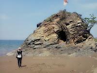 Pantai Poto Batu 4