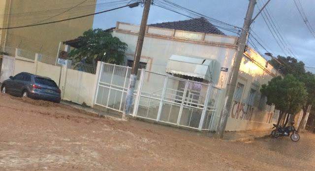 Notícias de Araçuaí